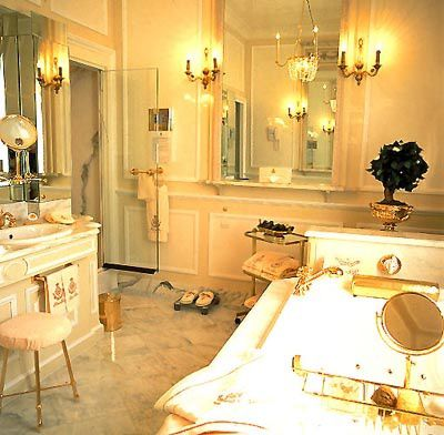 coco+chanel+suite+Bathroom via Alkemie