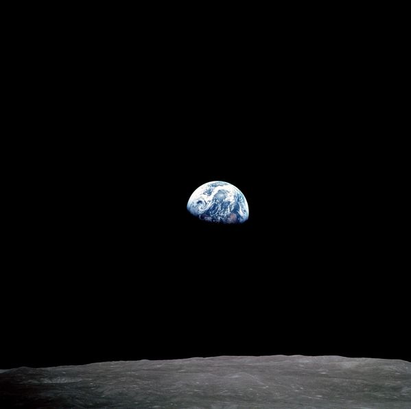 NASA - Earth Rise - Apollo 8 - as08-14-2384