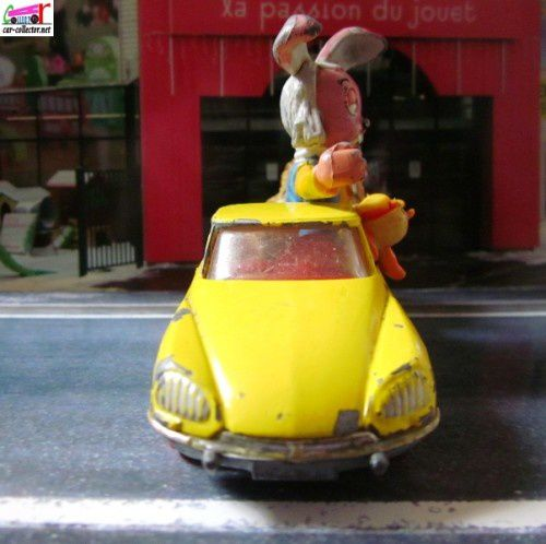 citroen-ds-magic-roundabout-pollux-le-manege-encha-copie-1