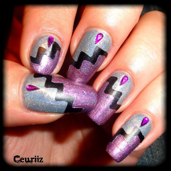 Zig Zag Nail Design With Tape