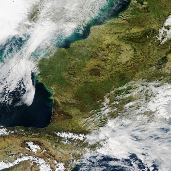 Aqua - MODIS - France - Printemps - 20-04-2014