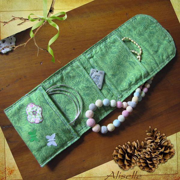 Pochette-verte--Kit-Pippin-apple-JoeG-2.jpg