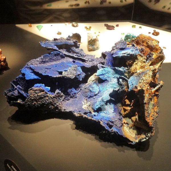 Tucson Sonoran Desert Museum azurite