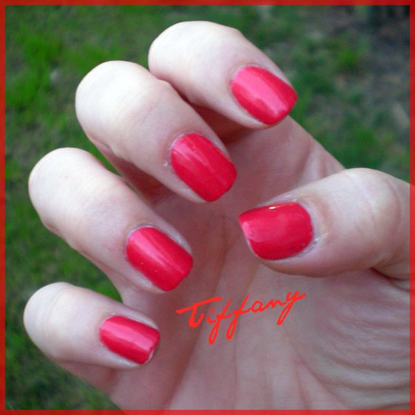 Ongles-10.04.11-Fire-Corail.JPG