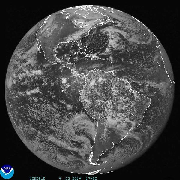 GOES-East---Earth-Day---22-04-2014---17h45.JPG