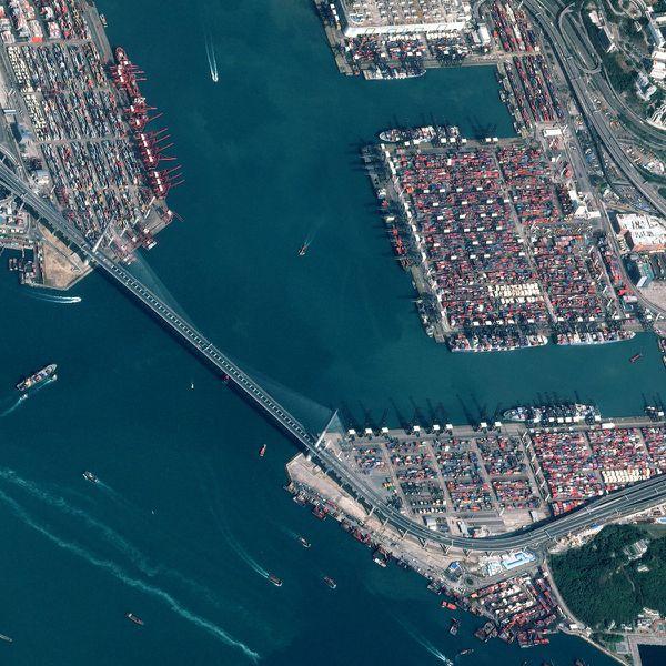 Pléiades - Hong-Kong - Portvictoria - 01-02-2012 - Extrait