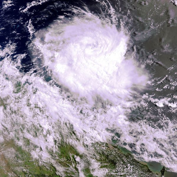 Australie---Cyclone-Anthony---29-01-2011---23h44.jpg