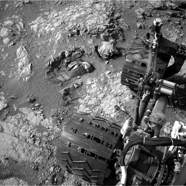 MSL - Curiosity - Left navigation camera - B side - 22-03-2