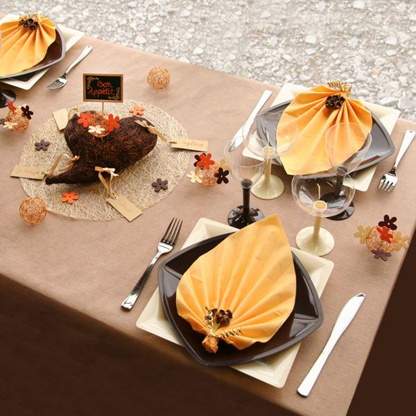 Idee Deco decorer une table : Décoration de table safran chocolat ...