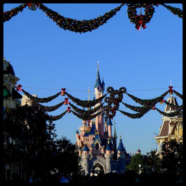 Disneyland-Paris-Noel-decorations--45-.JPG