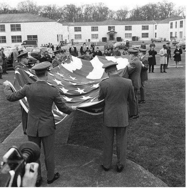 Le haut commandement européen de l'OTAN, appelé SHAPE (Supreme Headquarters Allied Powers Europe) à Saint-Germain-en-Laye