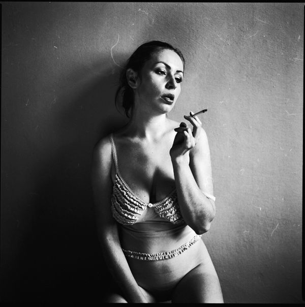 2011 smoking babes black and white series 1012 smokingfetis