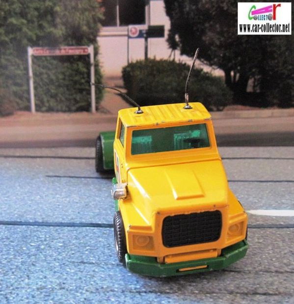 Camion tracteur ford lts matchbox series tractor super king