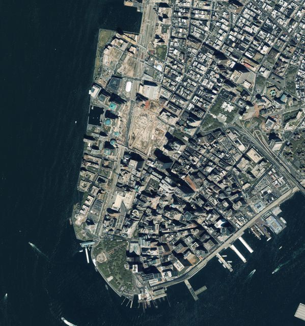 Geoeye - New York - Ground Zero - WTC - 08-06-2002 - RR25