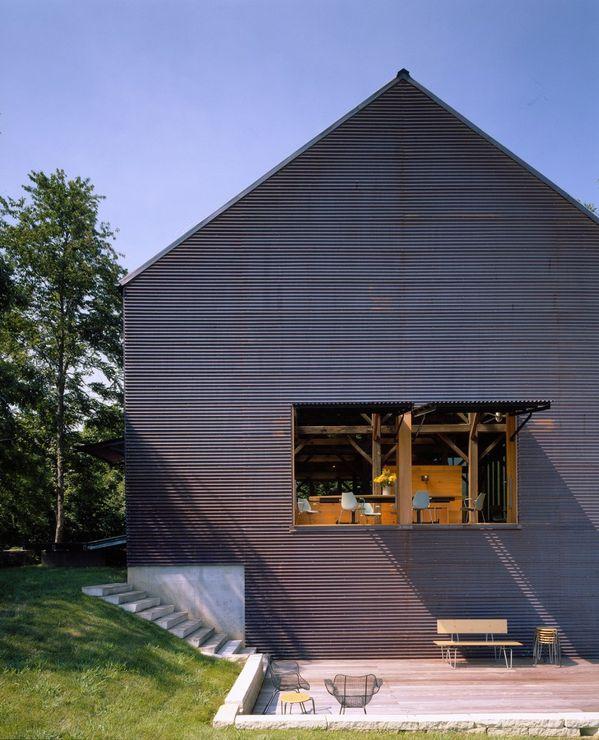 1296065231-barn-4-high-810x1000