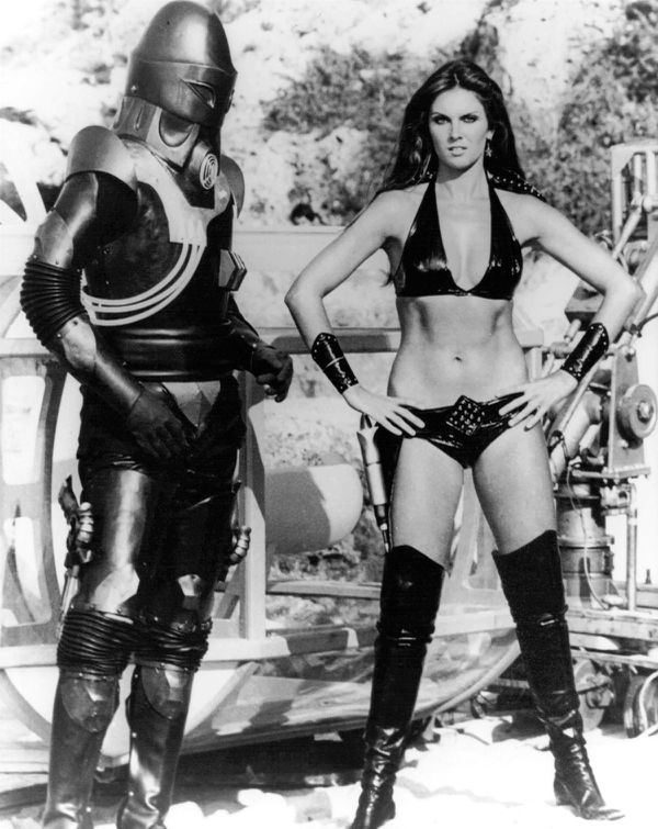 star crash caroline munro 2