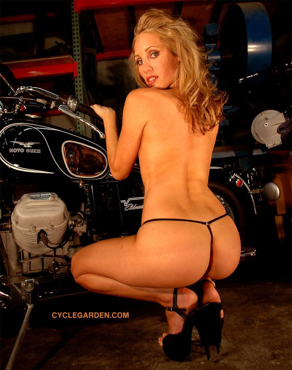 2012 biker hotties Crystal Stone 007 www.cyclegarden.com