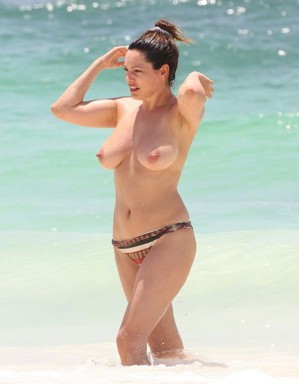 Kelly-Brook_2.jpg