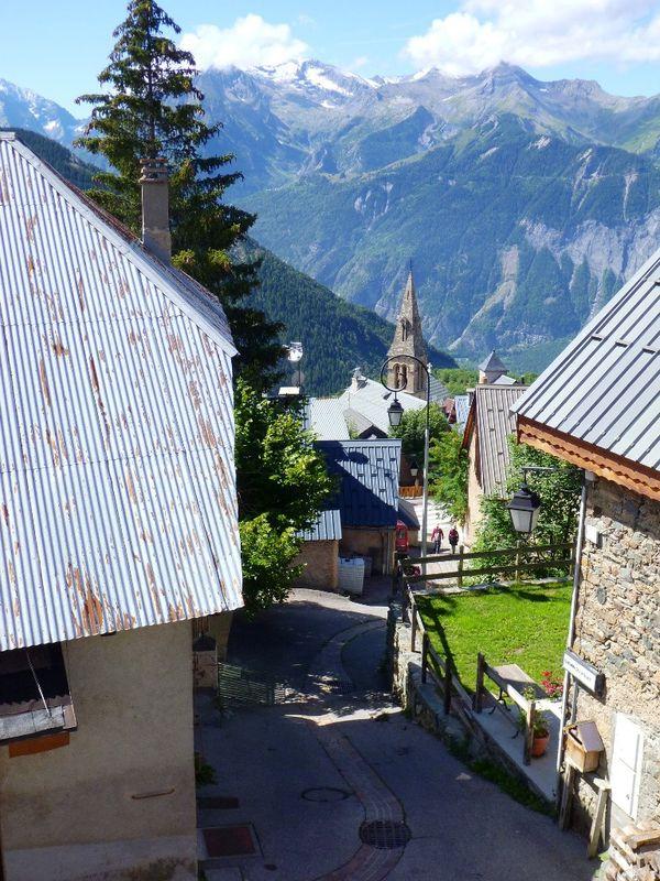 L'Alpe 3 023