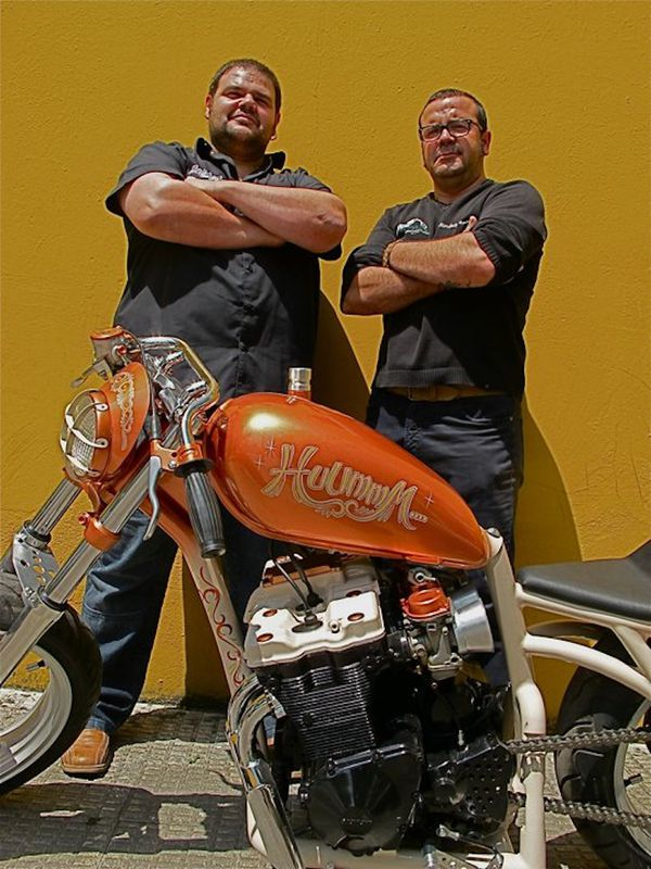 2012 builders Chus and Pako 001 www.morlakokustom.es