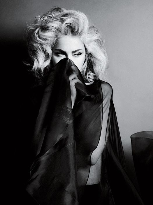 2010---Madonna-by-Alas---Piggott-for-Interview---07