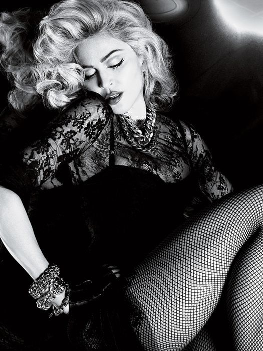 2010---Madonna-by-Alas---Piggott-for-Interview---12