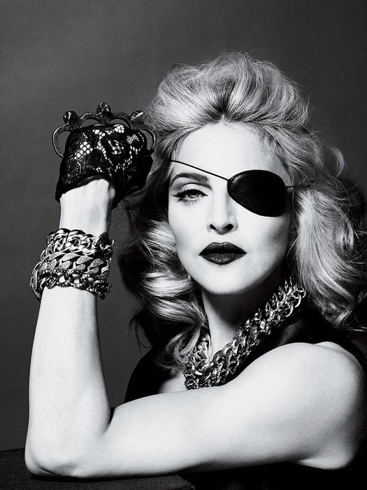 2010---Madonna-by-Alas---Piggott-for-Interview---14