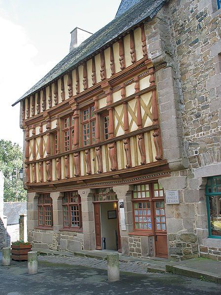450px-Maison_Musee_Ernest_Renan_Treguier.jpg
