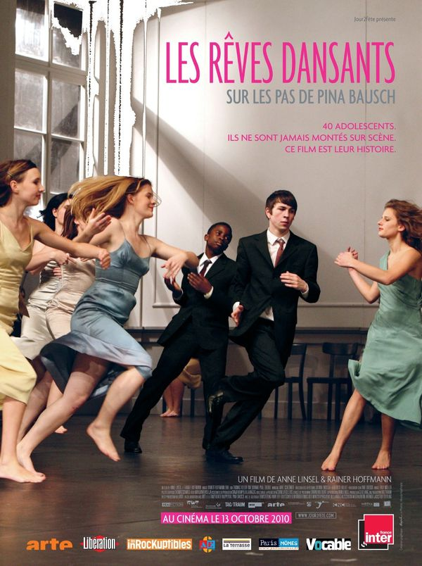 affiche-Les-Reves-dansants-Sur-les-pas-de-Pina-Bausch-Tanzt.jpg