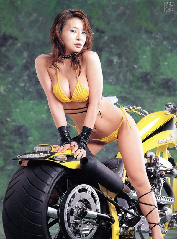 2012 Asian Babes N Bikes HNY 003 NS