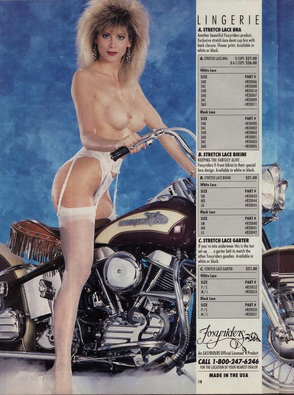 2012 biker hotties Easyriders babes 007