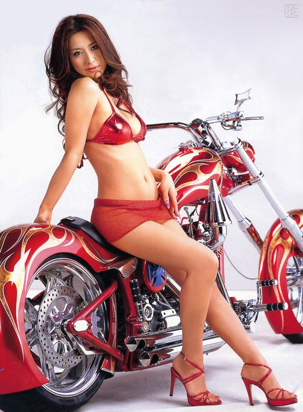 2012 Asian Babes N Bikes HNY 005 NS