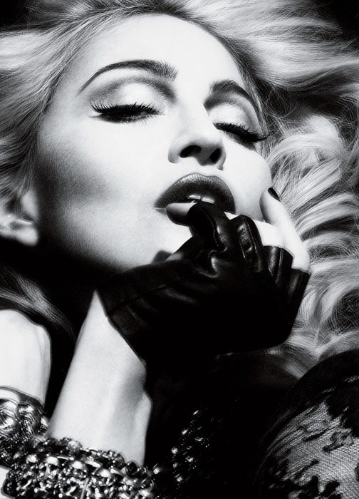 2010---Madonna-by-Alas---Piggott-for-Interview---02
