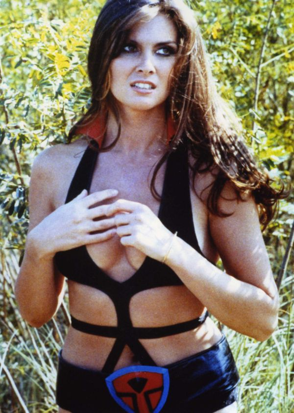 star crash caroline munro 3