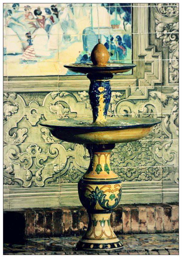 Plaza-de-Espana---Seville---fontaine.jpg