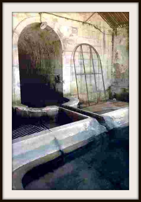 3-Fontaine-lavoir---Orchamps---Jura---photo-mcp-00-copie-1.JPG