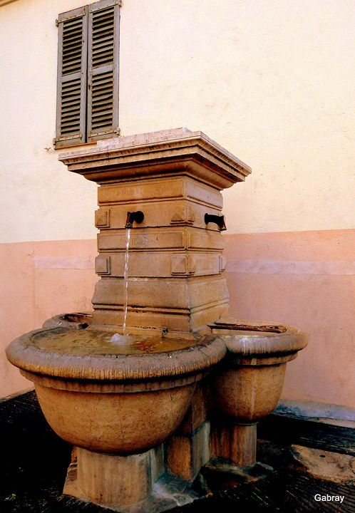 T04 - Fontaine