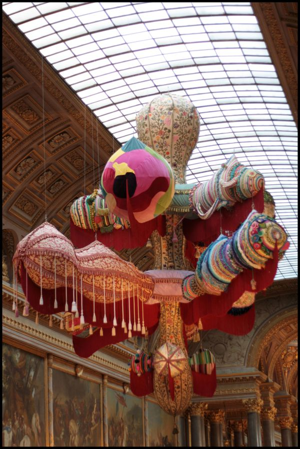 Valkyrie---Joana-Vasconcelos---galerie-des-Batailles-1.jpg