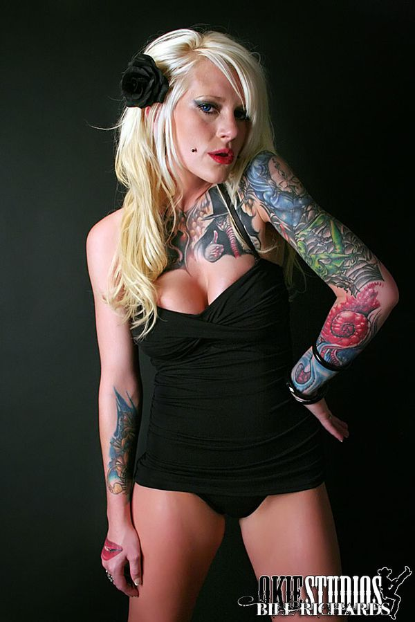 2011 inked babes Cameron Rodgers 002