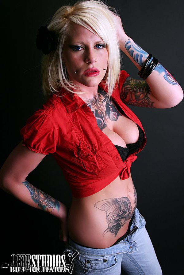 2011 inked babes Cameron Rodgers 003