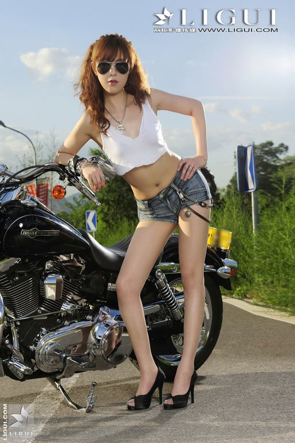 2012 motorcycles babes Cherry 002 www.ligui.com