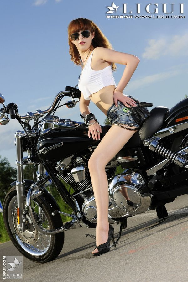2012 motorcycles babes Cherry 005 www.ligui.com