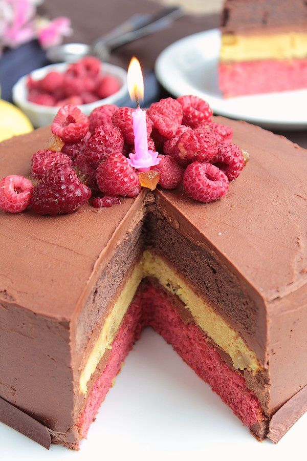 Layer Cake Chocolat Citron Framboise pour les 4 an-copie-6