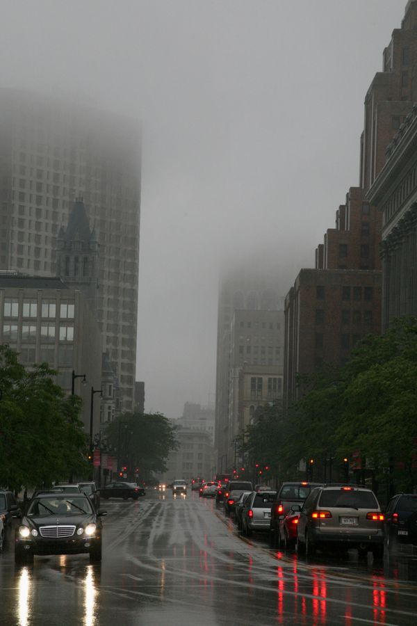 Milwaukee---Downtown---Rain 4730V