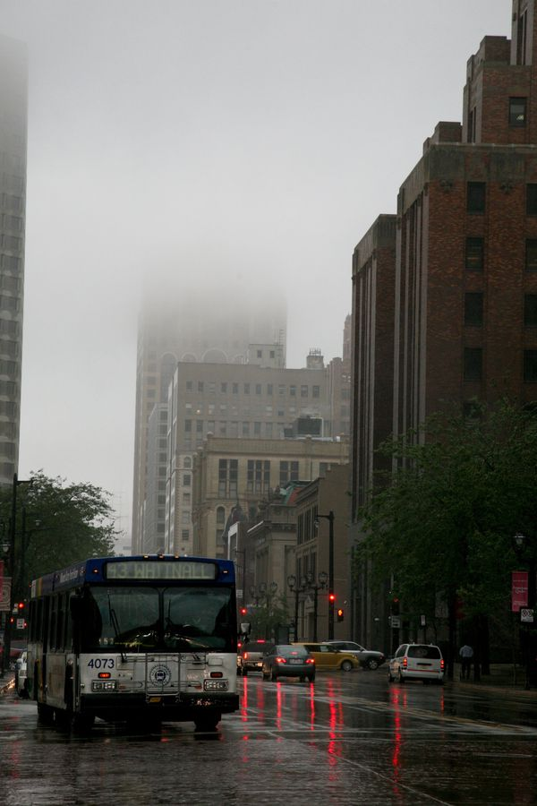 Milwaukee---Downtown---Rain 4733V