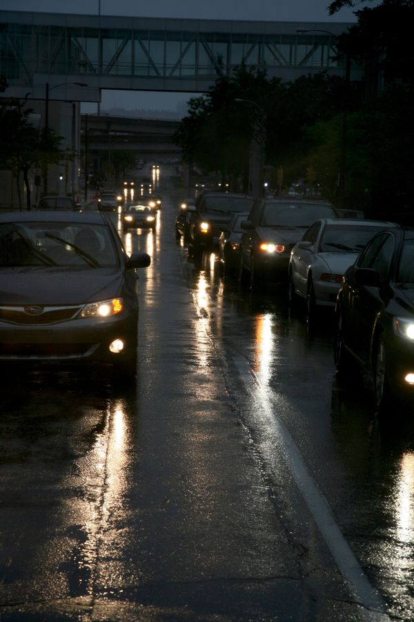 Milwaukee---Downtown---Rain 4761V