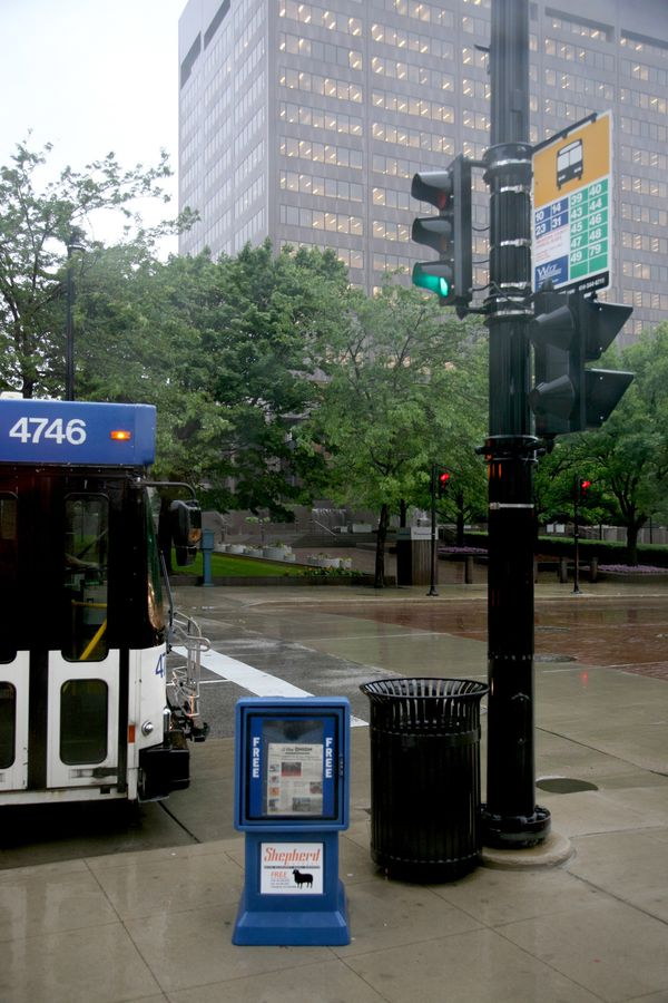 Milwaukee---Downtown---Rain 4765V