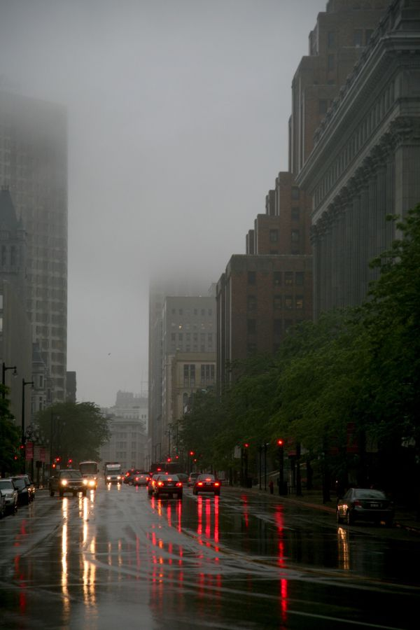 Milwaukee---Downtown---Rain 4777V