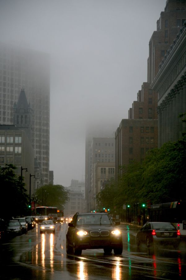 Milwaukee---Downtown---Rain 4783V