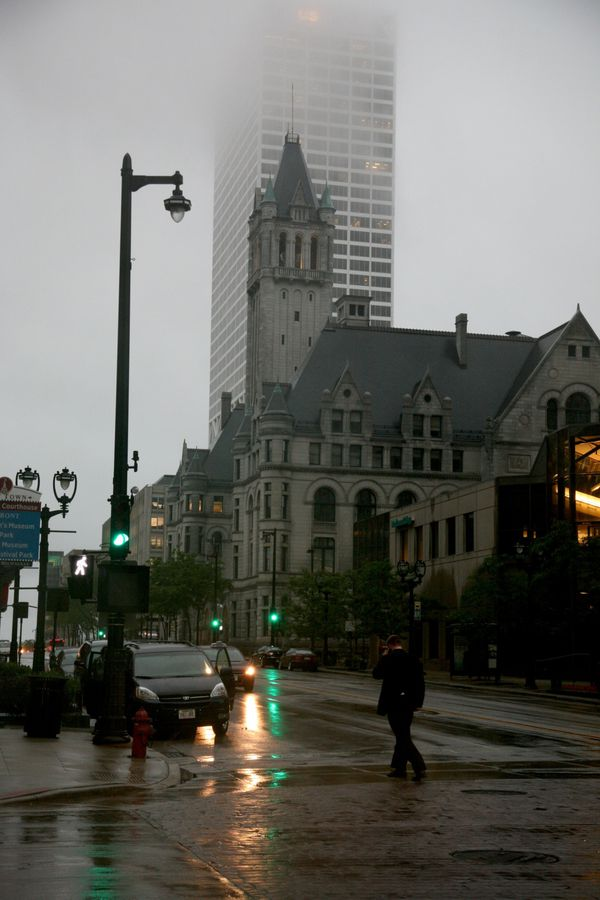 Milwaukee---Downtown---Rain 4934V